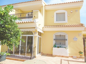 REDUCED BY 10,000! Lovely 3 Bedroom Semi-detached Villa in Los Dolses