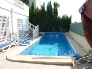 5 Bedroom, 3 bathroom detached Villa with private pool
