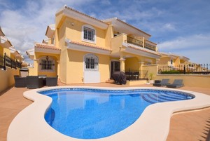 Well located 3 bedroom Villa with private pool in Los Dolses.