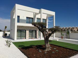 Brand New Modern Villa in La Marina