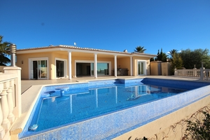 5 bedroom Villa for sale in Teulada