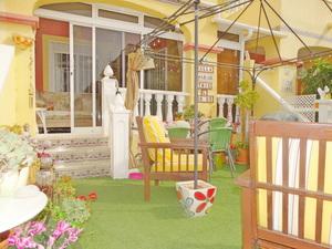 2 bedroom Geschakelde Woning te koop in La Zenia