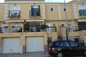3 bedroom Townhouse for sale in Almoradi