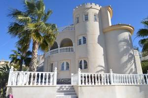 7 bedroom Villa for sale in Rojales