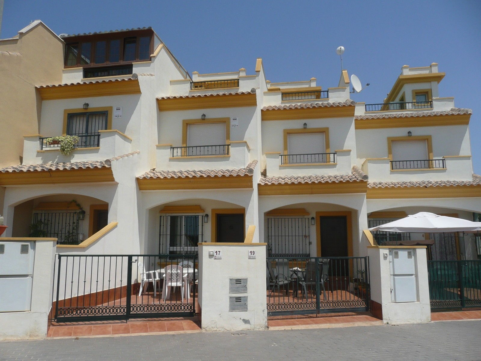 Torre pacheco townhouse 2 bedroom property for sale in spain for 2 bedroom townhouse