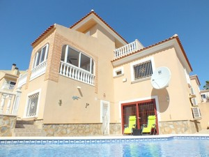 5 bedroom Villa for sale in El Galan