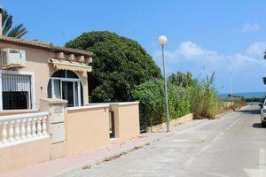 2 bedroom Villa for sale in Punta Prima