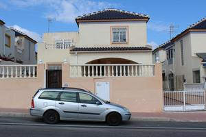 5 bedroom Villa te koop in Torrevieja