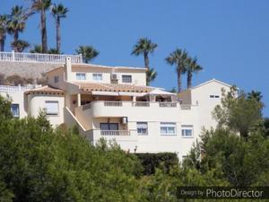 4 bedroom Villa for sale in Las Ramblas Golf