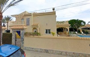 4 bedroom Villa for sale in Cabo Roig